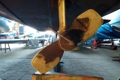 Inbusboutje los zien te krijgen.... Loctite werkt prima dus inbussleuteltje wat moeten verlengen en wat kracht en los!